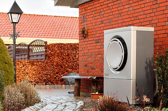 Danfoss DHP-AQ air to water heat pump